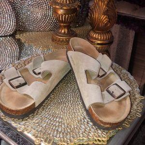 Birkenstock tan leather